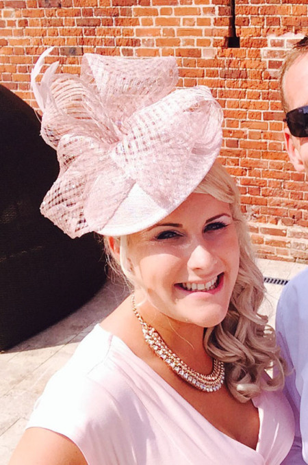 What To Wear To A Ladies Day At The Races Fakenham Racecourse