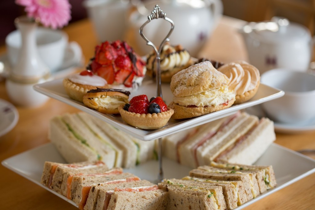 Afternoon-tea-oic