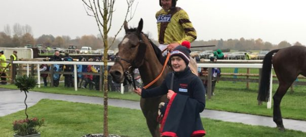 Mizen Master gives trainer @O_J_murphy91 a landmark success after becoming his 100th career winner with victory in the first @FakenhamRC under @LewisStones6. Photo by Graham Clark