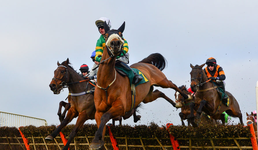 Williams Leads the Pack Chasing Fakenham's £15k Feature